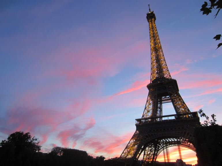 La Tour Eiffel at Sunset